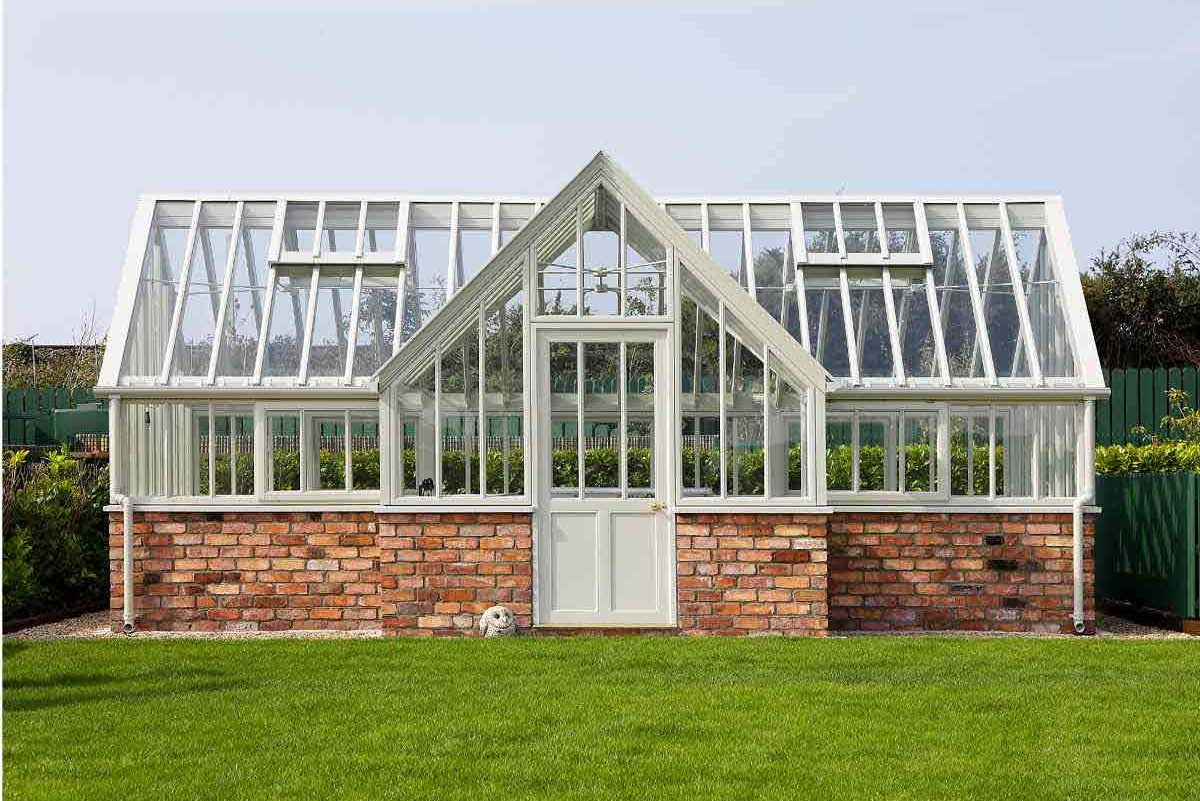 Norman Pratt Conservatories Planthouses